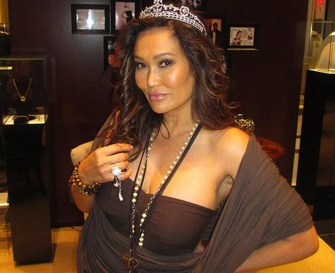 Celebrity Apprentice Tia Carrere Visit Royal Asscher's Las Vegas Store