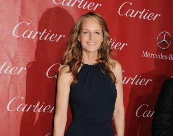 Helen Hunt SPARKLES In Charles Albert & London Manori Jewelry
