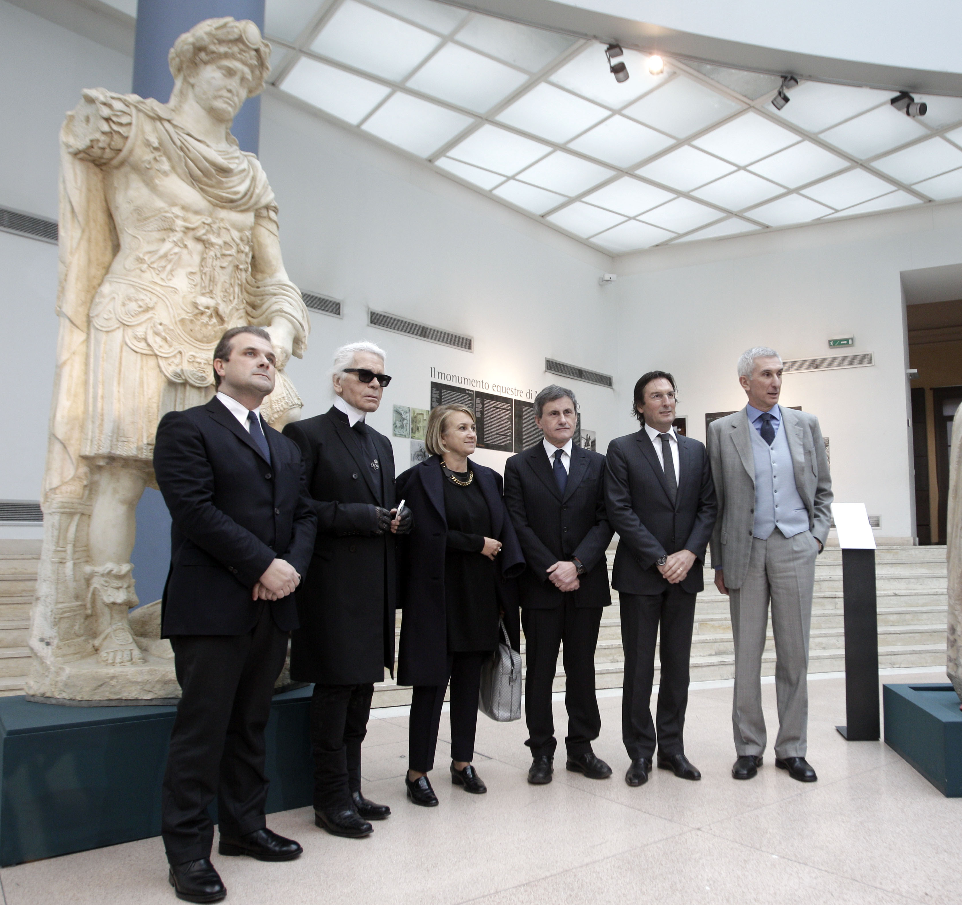 Karl Lagerfeld Joins Esteemed Group of Politicos, Influentials and FENDI Executives to Announce Restoration Project