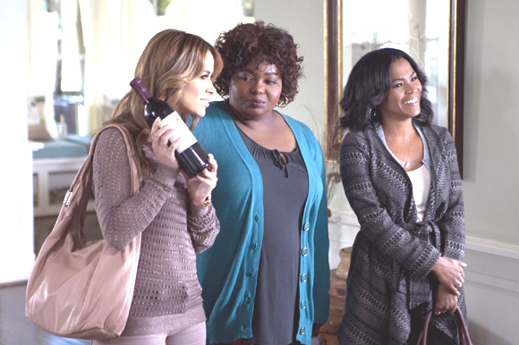 Tyler Perry's The Single Moms Club Stars: Perry, Nia Long, Wendi McLendon-Covey, Amy Smart & Terry Crews