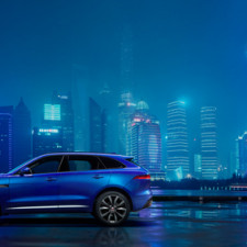 Jaguar Previews all-new F-PACE Automobile